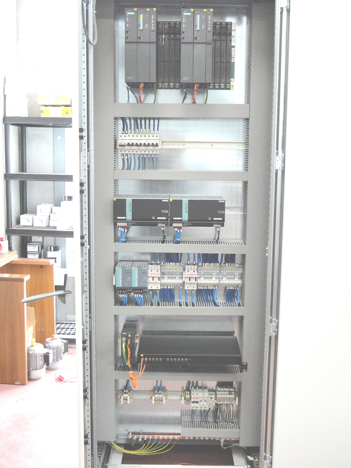 Schemi Quadri Elettrici Industriali : Prodotti